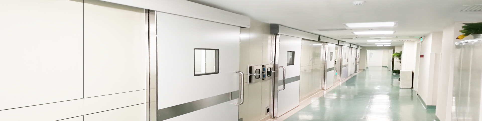 Operating room door manufacturer